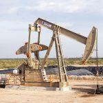 2017年も原油価格下落?シェールオイル企業とOPECの減産延長